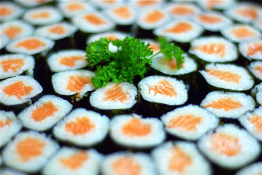 Почему нельзя беременным суши и роллы